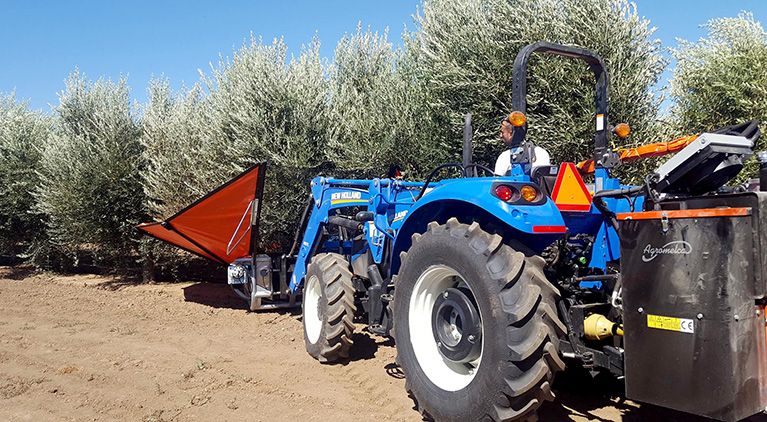 harvesting_equipments_of_almonds_and_olives_in_e.e.u.u.